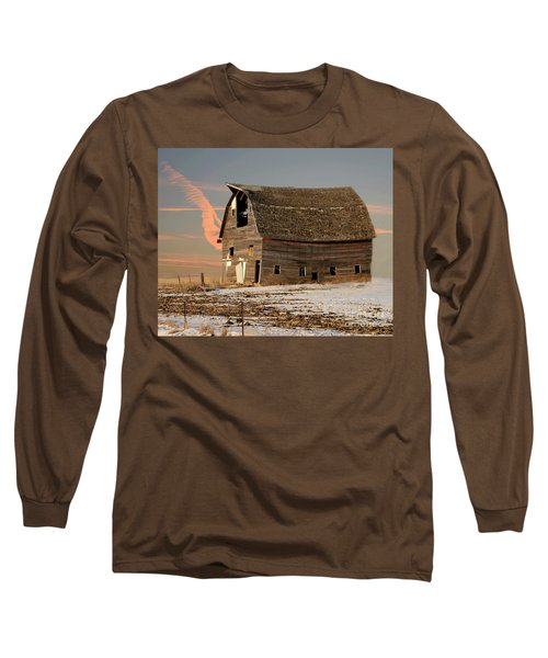 Swayback Barn Long Sleeve T-Shirt