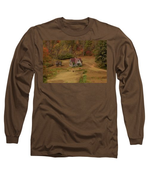 Long Sleeve T-Shirt featuring the digital art The Oldest House In North Carolina by Sharon Batdorf