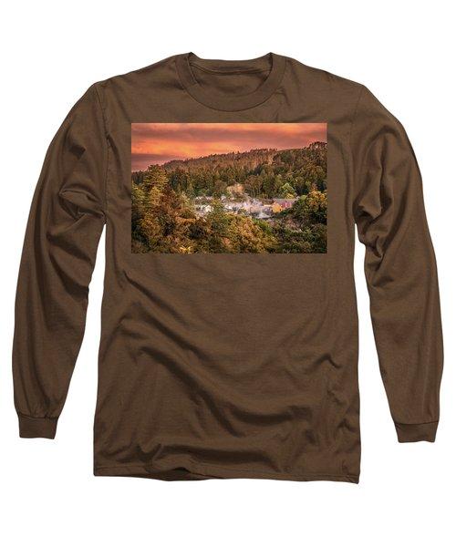 Thermal Village Rotorua Long Sleeve T-Shirt