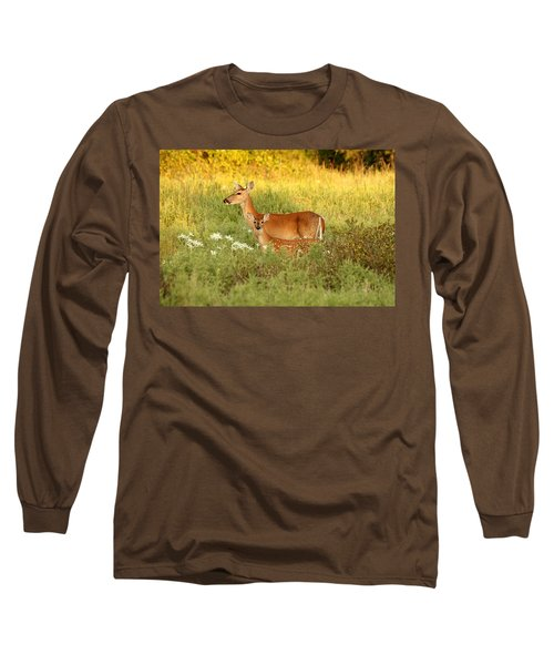 White-tail Doe And Fawn In Meadow Long Sleeve T-Shirt