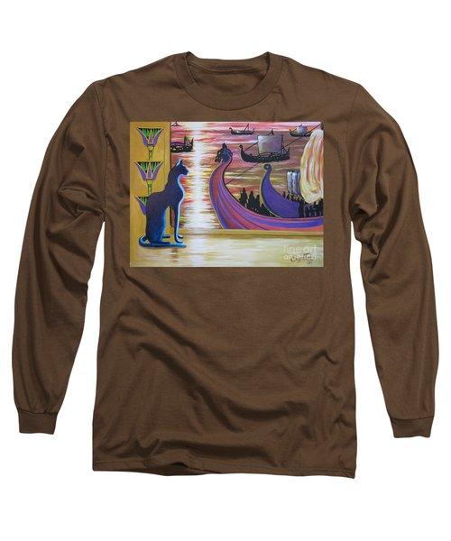Zig Of Blaa Kattproduksjoner   Inspects The Ships Long Sleeve T-Shirt