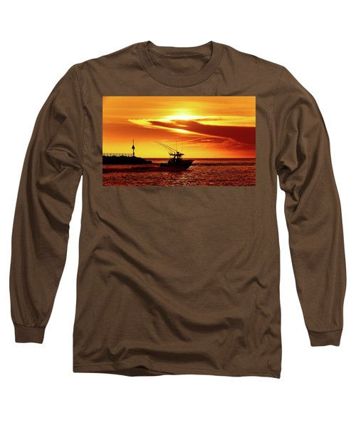 Boat Headed Out Of Jupiter Inlet Long Sleeve T-Shirt
