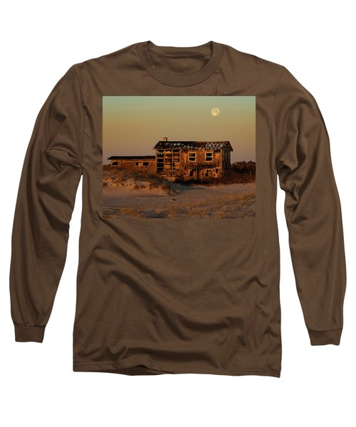 Clements House With Full Moon Behind Long Sleeve T-Shirt