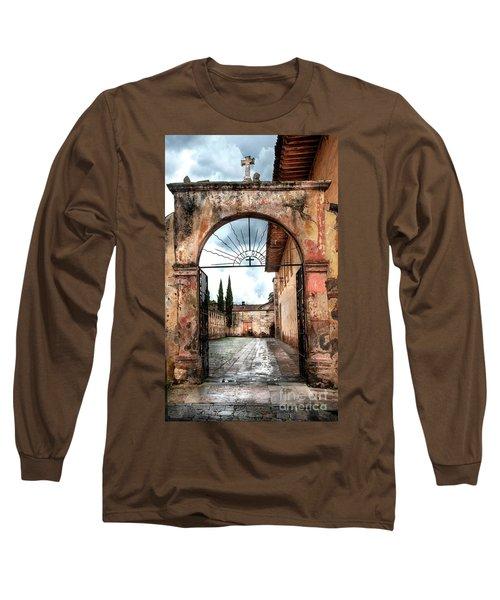 Templo Del Sagrario Long Sleeve T-Shirt