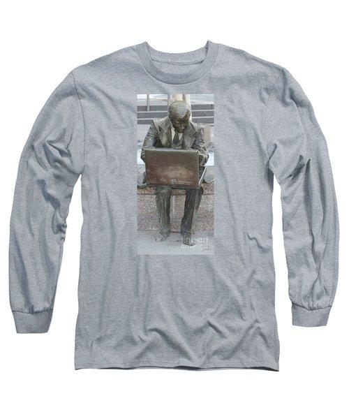 Wall Street Memorial Statue Long Sleeve T-Shirt by John Telfer