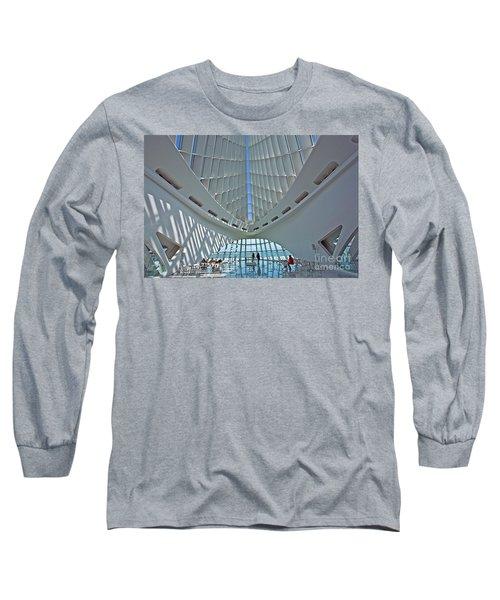 0354 Milwaukee Art Museum Long Sleeve T-Shirt