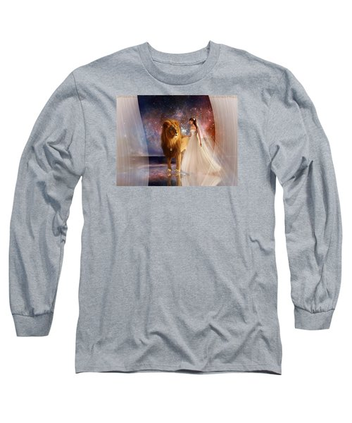 In His Presence Long Sleeve T-Shirt
