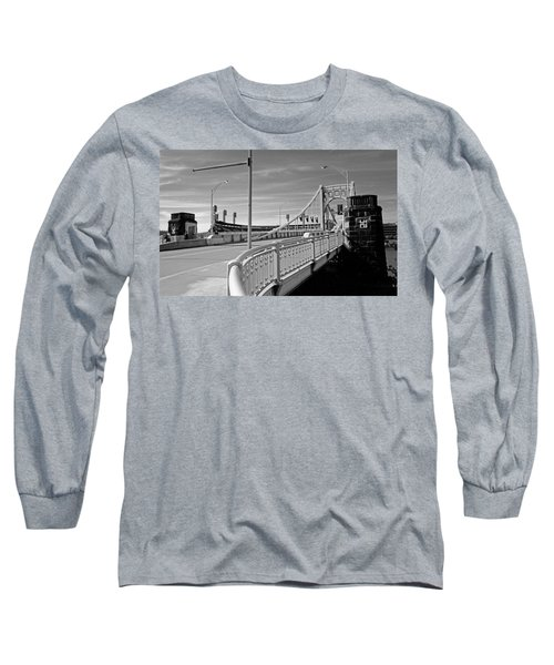 Pittsburgh - Roberto Clemente Bridge Long Sleeve T-Shirt