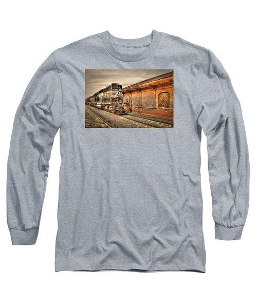 Locomotive 1637 Norfork Southern Long Sleeve T-Shirt