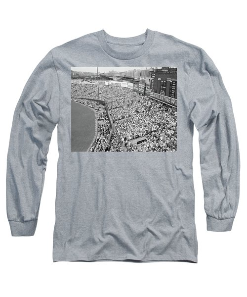 1940s 1950s Large Crowd Yankee Stadium Long Sleeve T-Shirt
