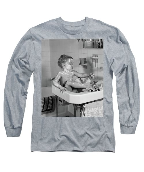 1940s Girl Sitting In Sink Lathered Long Sleeve T-Shirt