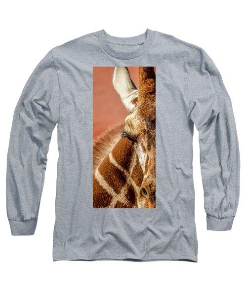 A Giraffe Long Sleeve T-Shirt