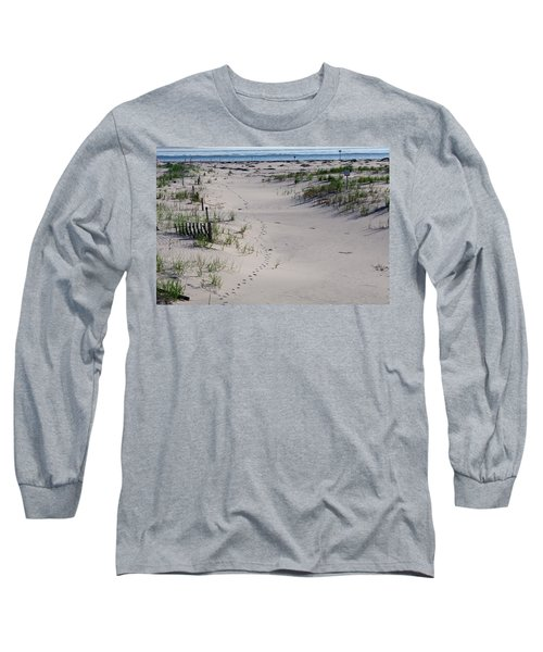 A Gull's Walk To The Ocean Long Sleeve T-Shirt by Greg Graham