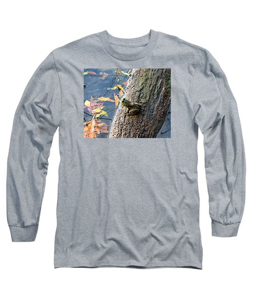 American Bullfrog Long Sleeve T-Shirt by William Tanneberger