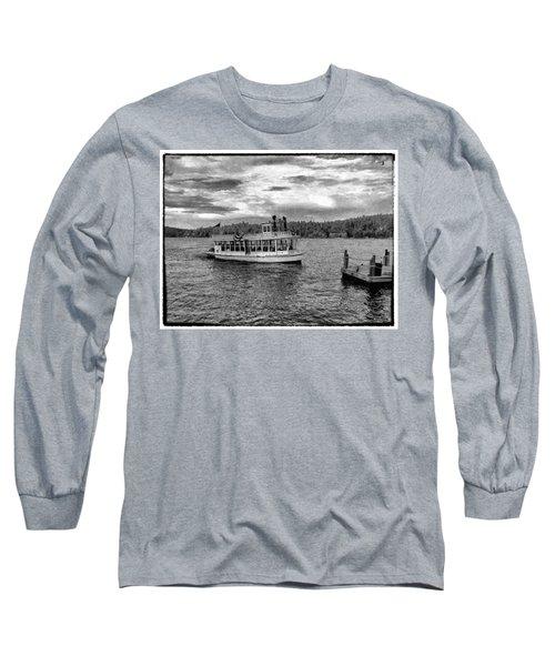 Arrowhead Queen Paddlewheel Boat Long Sleeve T-Shirt