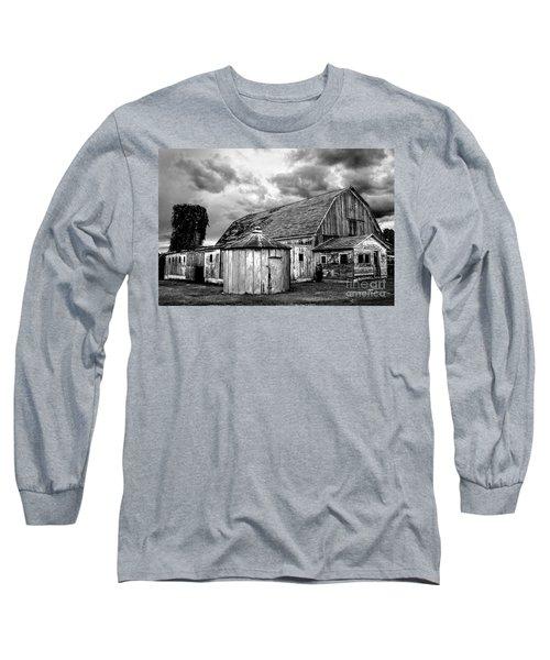 Barn 66 Long Sleeve T-Shirt