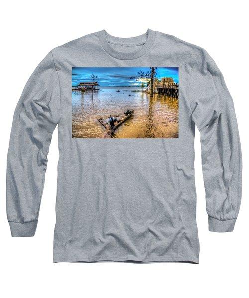 Birds On Log Long Sleeve T-Shirt