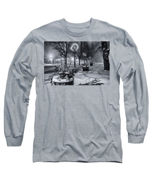 Blustery Winter Night Long Sleeve T-Shirt
