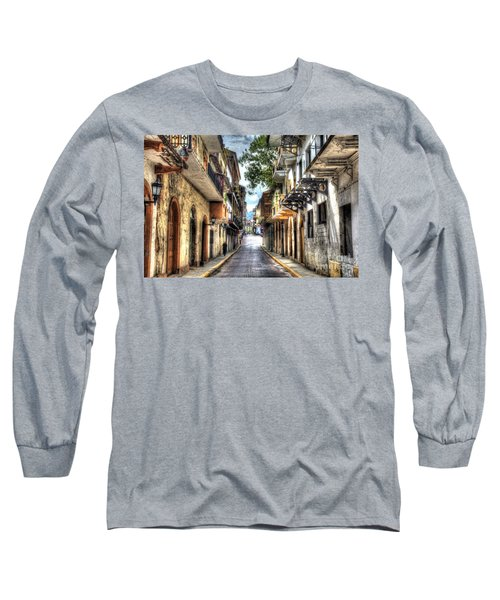 Calle 8a Este Long Sleeve T-Shirt