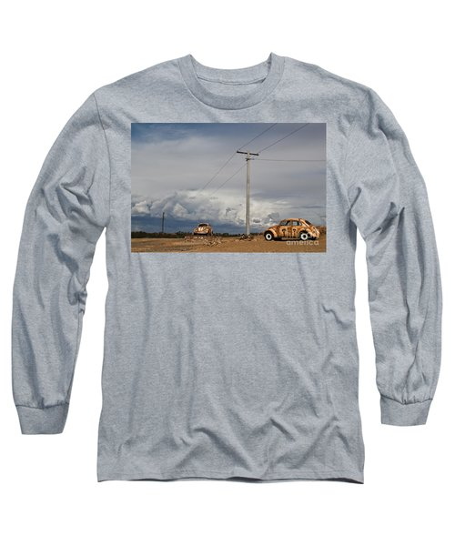 Long Sleeve T-Shirt featuring the photograph Classic Volkswagen Beetle by Lana Enderle