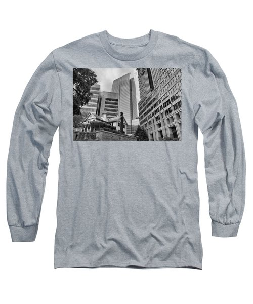 Contrasting Southern Architecture Long Sleeve T-Shirt