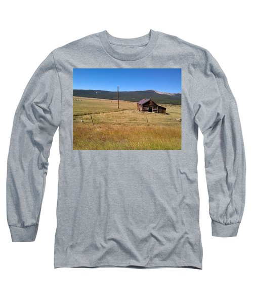 Long Sleeve T-Shirt featuring the photograph Deserted Cabin by Fortunate Findings Shirley Dickerson