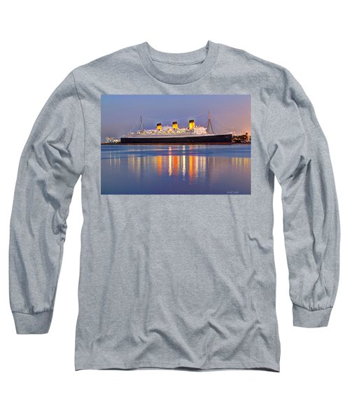 Dusk Light On The Queen Mary Long Sleeve T-Shirt
