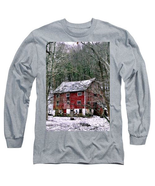 Long Sleeve T-Shirt featuring the photograph Pennsylvania Dusting by Michael Hoard