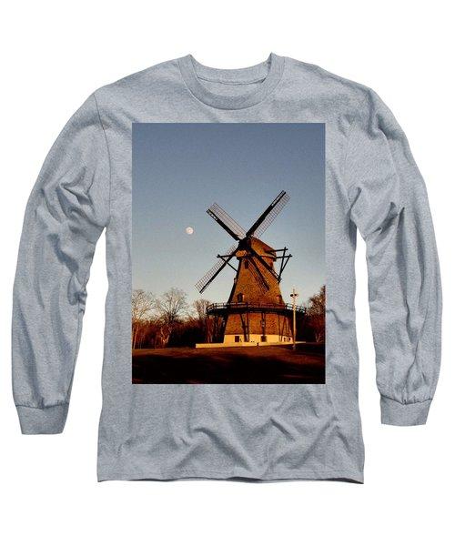 Fabyan Windmill Long Sleeve T-Shirt by Ely Arsha