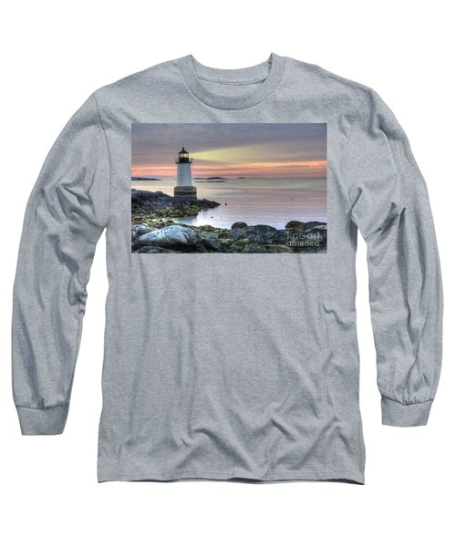 Fort Pickering Lighthouse At Sunrise Long Sleeve T-Shirt