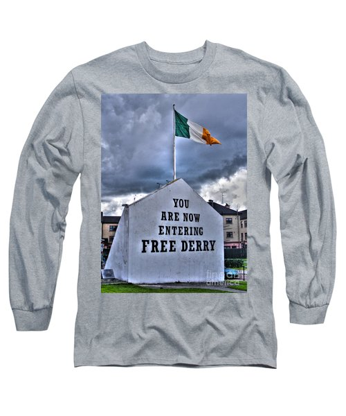 Free Derry Wall Long Sleeve T-Shirt