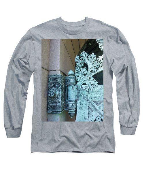 Getty Tomb Detail Long Sleeve T-Shirt