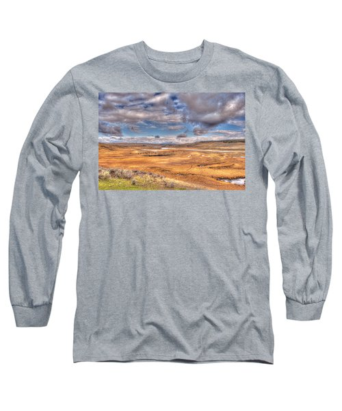 Hayden Valley Bison On Yellowstone River Long Sleeve T-Shirt