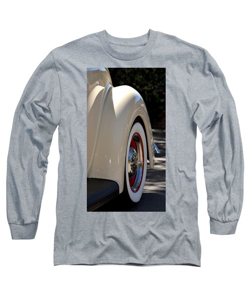 Long Sleeve T-Shirt featuring the photograph Hr-40 by Dean Ferreira