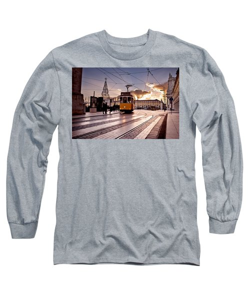 Lisbon Light Long Sleeve T-Shirt