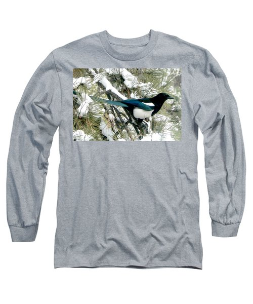 Magpie In The Snow Long Sleeve T-Shirt