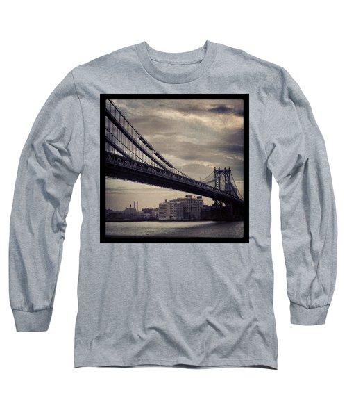 Manhattan Bridge In Ny Long Sleeve T-Shirt