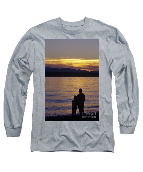 Mother And Daughter Holding Each Other Along Edmonds Beach At Su Long Sleeve T-Shirt