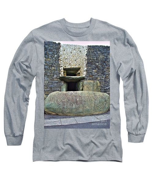 Newgrange Entrance Long Sleeve T-Shirt