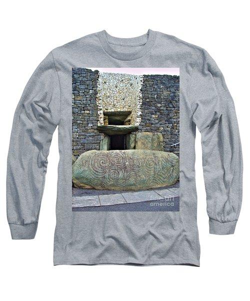 Newgrange Entrance Long Sleeve T-Shirt