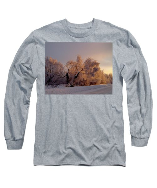 Long Sleeve T-Shirt featuring the photograph Northern Light by Jeremy Rhoades
