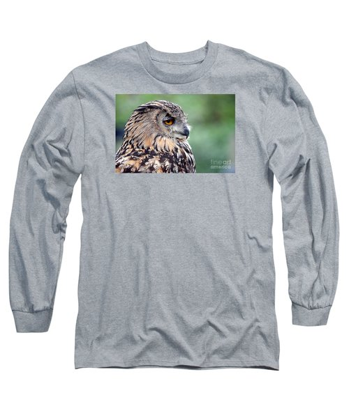 Portrait Of A Great Horned Owl Long Sleeve T-Shirt
