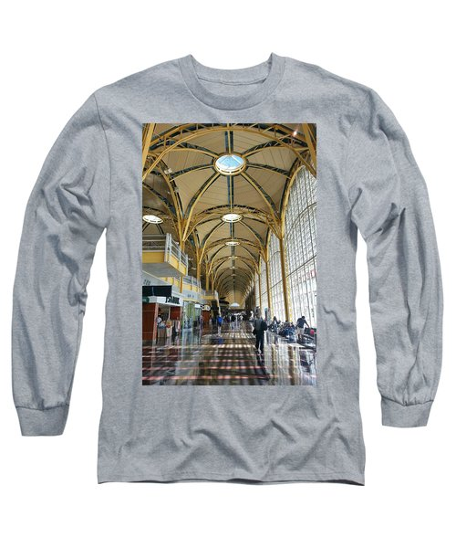 Long Sleeve T-Shirt featuring the photograph Reagan National Airport by Suzanne Stout