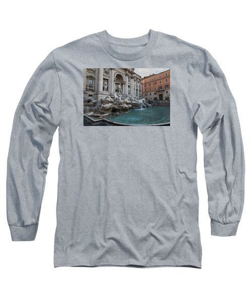 Rome's Fabulous Fountains - Trevi Fountain - No Tourists Long Sleeve T-Shirt