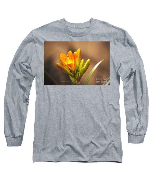 Single Kaffir Lily Bloom Long Sleeve T-Shirt