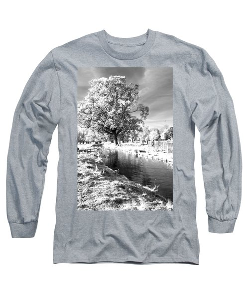 Single Tree Aginst The Sun Long Sleeve T-Shirt by Maj Seda