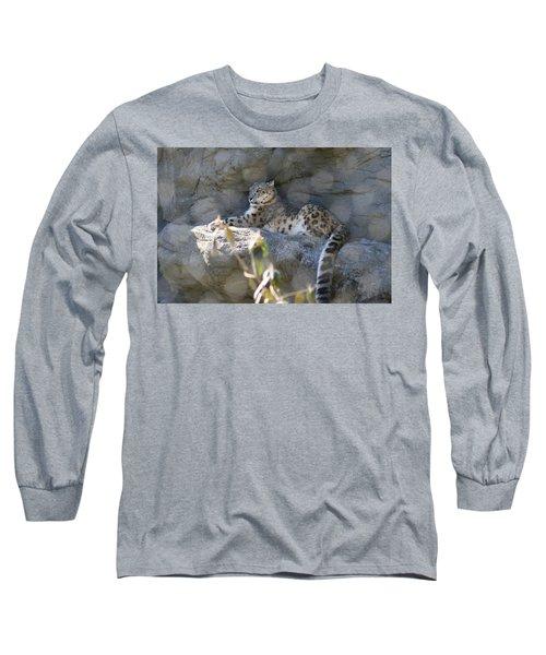 Snow Leopard    No.2 Long Sleeve T-Shirt
