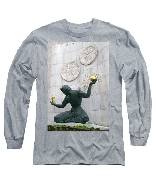 Spirit Of Detroit Monument Long Sleeve T-Shirt