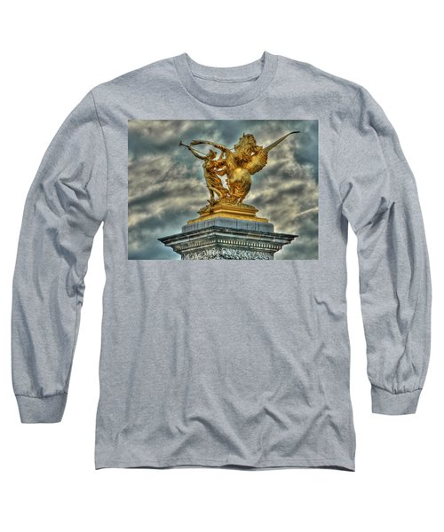 Statue On Pont Alexandre IIi Long Sleeve T-Shirt