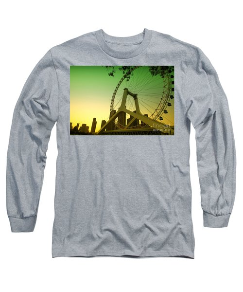 Long Sleeve T-Shirt featuring the photograph Tianjin Eye  by Yew Kwang